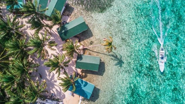Planning a trip to the Caribbean? Check out Belize, it's a paradise of luxury t...