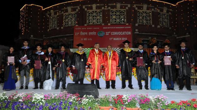 IIM Lucknow convocation at IIM Campus in Lucknow on Saturday.(Dheeraj Dhawan/Hindustan Times)