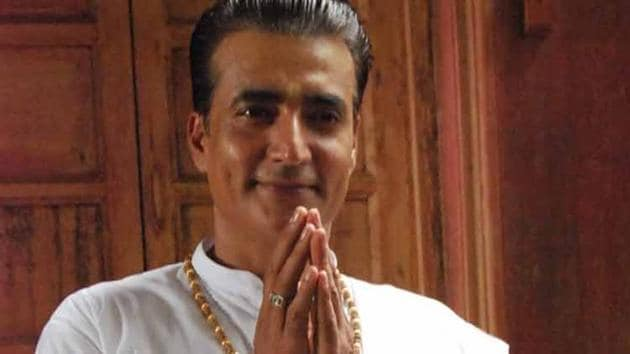 Narendra Jha died due to a heart attack at his farmhouse in Nasik on March 14.