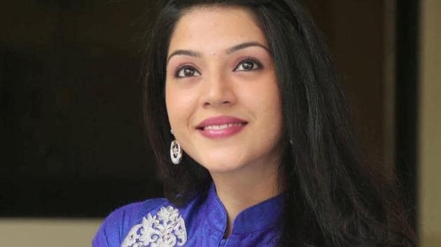 Mehreen Pirzaada is expected to be Varun Tej's leading lady in F2.