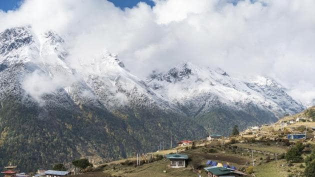 The highest rise in mean temperature was observed in the Greater Himalayas at 0.87 degree Celsius (1991-2015), followed by the Karakoram Himalayas at 0.56 degree Celsius.(AP/Photo for representation)