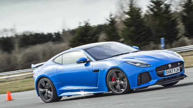 The 2018 version of the Jaguar F-Type SVR gets minor tweaks in the form of new daytime running LED lights with integrated indicator, a new bumper and revised tail-lights.