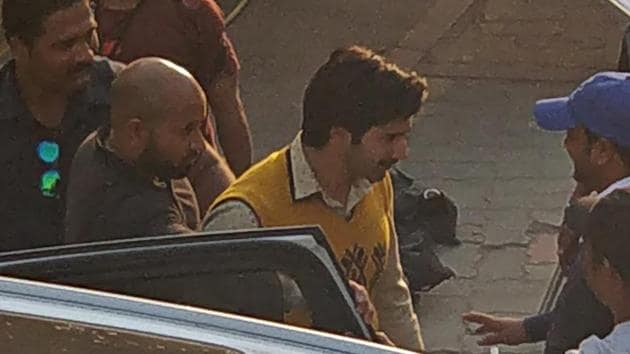 Varun Dhawan plays a tailor in the film, being directed by Sharat Kataria.(AMAL KS/HINDUSTAN TIMES)