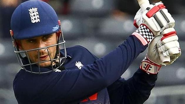 Alex Hales, England opener, has been picked by Sunrisers Hyderabad (SRH) as David Warner's replacement for the 2018 Indian Premier League (IPL).(AFP)