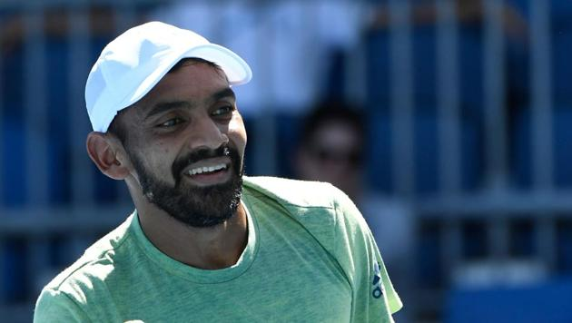 Divij Sharan's possibility of playing in the Davis Cup tie could be a problem as a last-minute injury to Leander Paes or Rohan Bopanna would put India in spot of bother.(Getty Images)