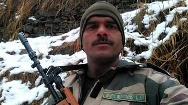 Tej Bahadur, part of the BSF's 29th Battalion, had posted a video on social media showing poor food arrangements at his camp on the border.(Facebook/Tej Bahadur)