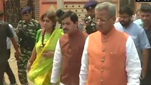 BJP BJP national spokesperson Shahnawaz Hussain, Rajya Sabha member Roopa Ganguly and BJP national vice-president and Rajya Sabha member Om Prakash Mathur visit Asansol in West Bengal on Sunday.(ANI Twitter)