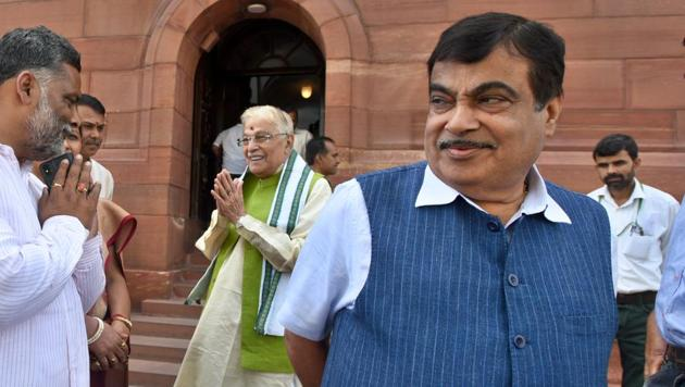 Gadkari also said there would be no compromise in terms of vehicle security and the norms will be same for all models, be it economy or luxury.(HT File Photo)
