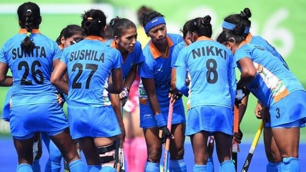The India women's hockey team defeated a local Queensland side 5-0 in their opening warm-up match of the Commonwealth Games 2018, but lost 1-3 to Canada on Sunday.(AFP)