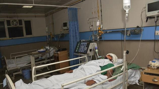 The brothers are undergoing treatment in ICU of a Ghaziabad hospital.(Sakib Ali/HT Photo)