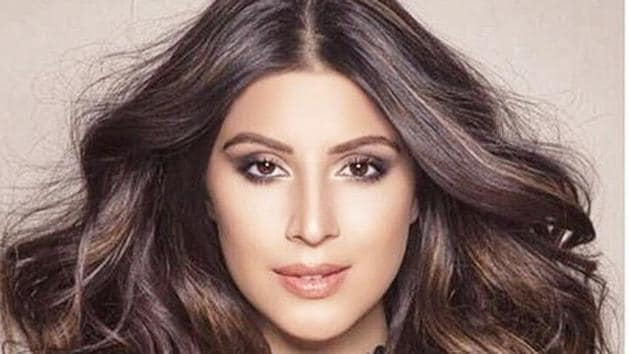 Karishma Kotak is a popular IPL presenter, and was also seen in the reality show Bigg Boss and Bollywood film Freaky Ali (2016).