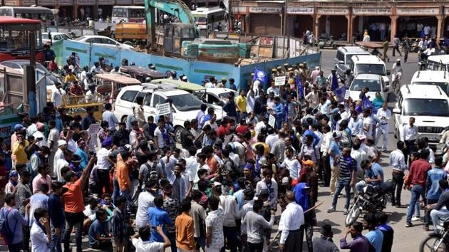Members of Dalit community stage protest during 'Bharat Bandh' against the alleged 'dilution' of Scheduled Castes/Scheduled Tribes act, in Jaipur on Monday.(PTI Photo)