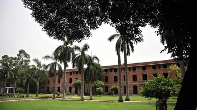 NIRF India Rankings 2018: University of Delhi's Miranda House retained the top spot and new entrant St Stephens grabbed the second place.(HT File Photo)