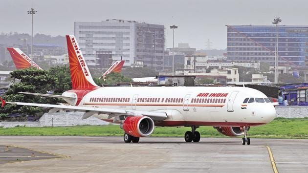 On March 28, the Civil Aviation Ministry came out with the preliminary information memorandum for seeking Expression of Interest (EoI) for the strategic disinvestment of Air India.(Abhijit Bhatlekar/Mint)