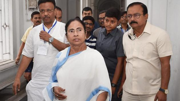 The Bengal rural polls are crucial as a Trinamool sweep may bolster chief minister Mamata Banerjee's position in the state, thereby putting her in a better position to cobble up a united front of regional parties to take on the BJP in the 2019 Lok Sabha elections.(PTI File)