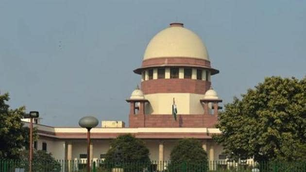 The Supreme Court questioned the government about the protests and 'dharnas' by the traders against the ongoing sealing drive.(PTI)