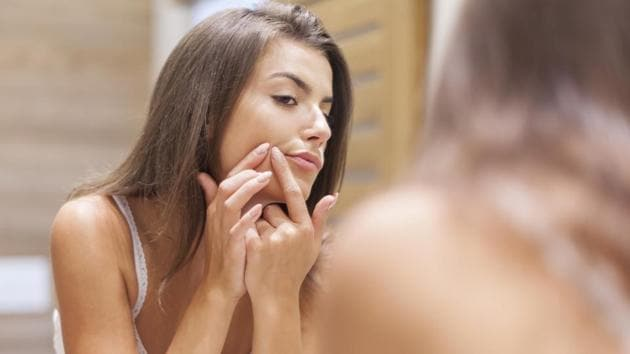 Essential oils have antioxidant and antiseptic properties that solve a lot of the usual summer skin troubles.(Photo: iStock)