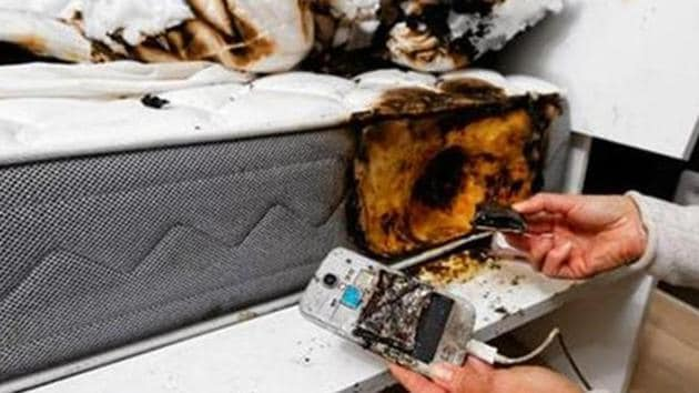 Scientists and researchers seem to point in the direction of heat/thermal management on the device and also high usage of devices these days.(HT Photo)