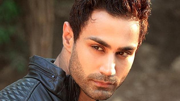 Fitness model-turned-actor Karan Oberoi