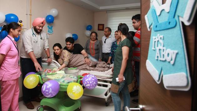 Hospitalsare documenting the journey of would-be parents right from pregnancy to the childbirth through a series of events and photo sessions.(Photo by hospital)