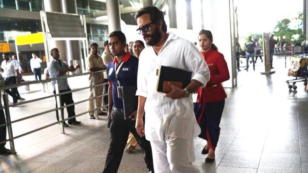 Saif Ali Khan arrives back in Mumbai after being acquitted in blackbuck case.(HT Photo)