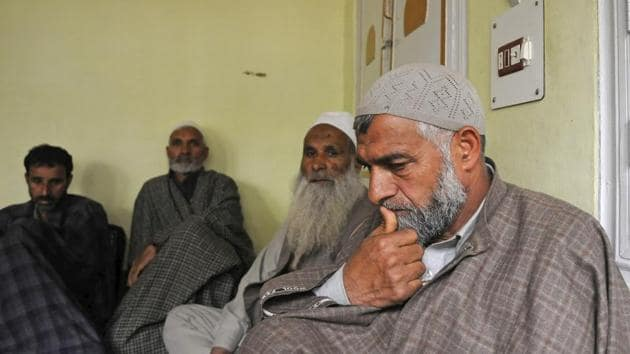 Bashir Khanday, father of slain militant Rouf Khanday, at his home in Dehruna village of Anantnag in south Kashmir.(Waseem Andrabi/HT Photo)