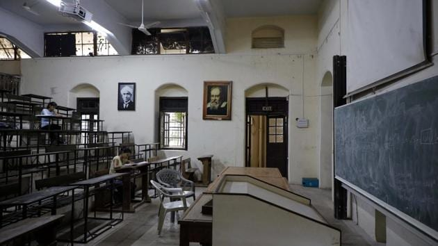 Exam season saw empty classrooms open up as study rooms for students at FC College on Wednesday(Rahul Raut/HT PHOTO)