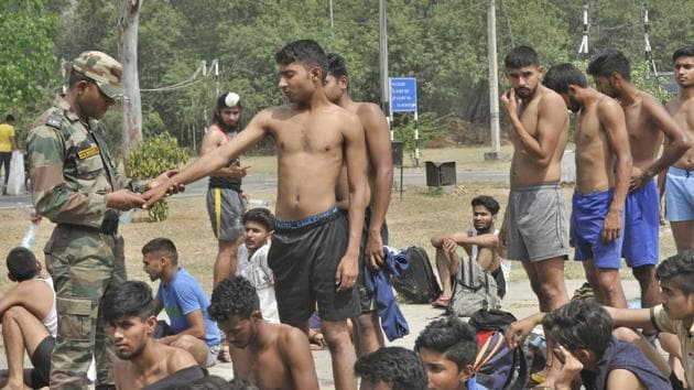 Aspirants participating in an Army recruitment rally in Ludhiana on Friday.(Gurminder Singh//HT)