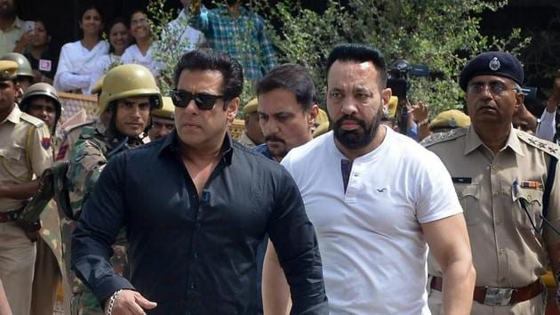 Bollywood actor Salman Khan arrives at the court to hear the verdict in decades-old black buck poaching case, in Jodhpur on Thursday.(PTI Photo)