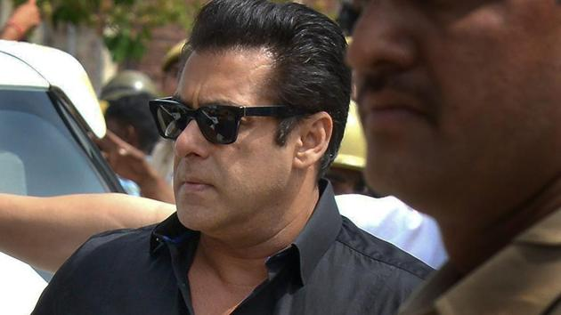 Salman Khan arrives at the court for a hearing in the Black Buck hunting case, in Jodhpur on Thursday.(PTI)