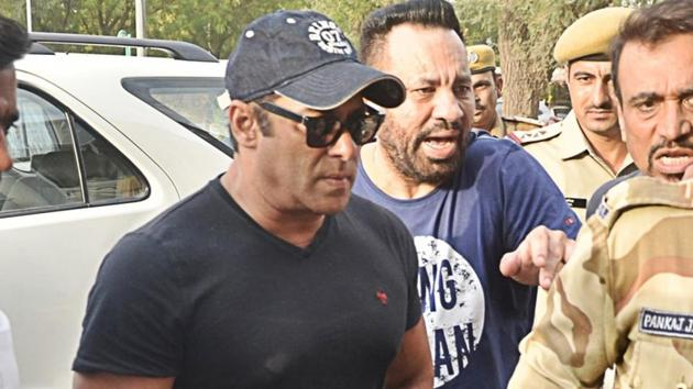 Jodhpur: Actor Salman Khan seen at Jodhpur Airport as he left for Mumbai on April 7.(IANS)
