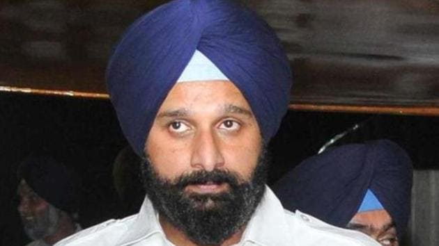 In his 34-page report, ADGP Harpreet Sidhu, chronicles statements of three arrested accused before the police and the ED that is probing the money laundering angle.(HT File)