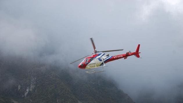 Last year, nearly 4 lakh pilgrims preferred copters over horses and palanquins to reach Kedarnath shrine.(HT Photo)