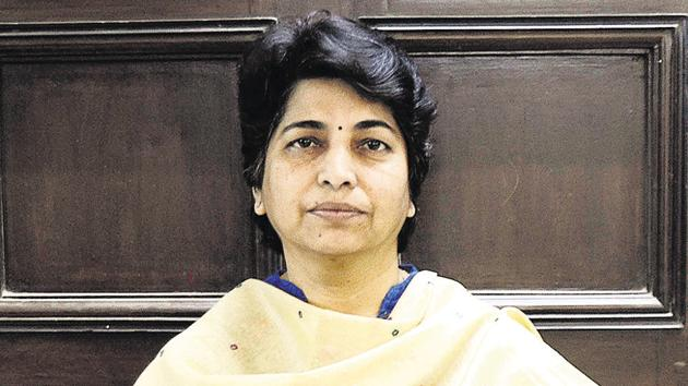 Nayana Gunde has currently gone to Mussoorie for the Indian Administrative Services training, and there is an ambiguity over two names who could lead the PMPML in her absence.(HT FILE PHOTO)