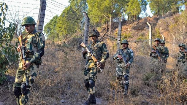 Border Security Force soldiers patrol near the Line of Control (LoC) in Poonch.(PTI FILE)