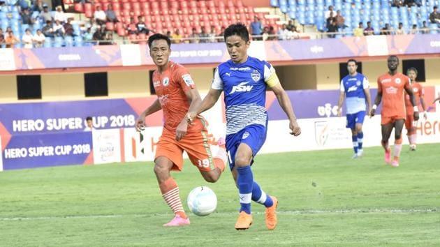 Sunil Chhetri helped Bengaluru FC defeat NEROCA FC 3-1 in a Super Cup quarter-final at the Kalinga Stadium on Friday.(AIFF)