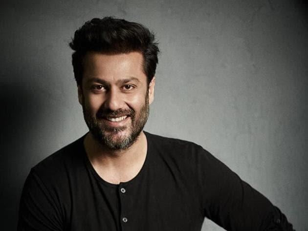 Ahishek Kapoor found new producers, RSVP, for Sara Ali Khan's Bollywood debut, Kedarnath.