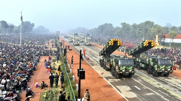 Smerch Rocket Vehicles of 1812 Rocket Regiment roll down Rajpath during the Republic Day parade, in New Delhi, India, on Monday, January 26, 2016.(Ajay Aggarwal/ Hindustan Times)