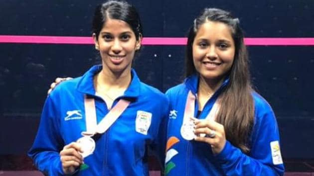 Dipika Pallikal and Joshna Chinappa lost 9-11, 8-11 in the final of women's doubles squash at the 2018 Commonwealth Games.(Twitter)