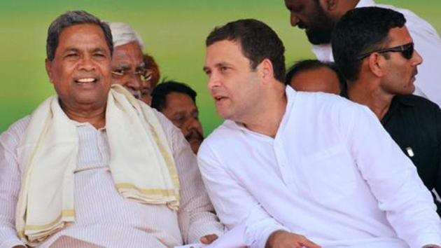 Congress president Rahul Gandhi and Karnataka CM Siddaramaiah during the Janashirvad yatra in Belgaum district in Karnataka.(PTI File Photo)