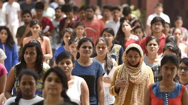 NEET admit card 2018: CBSE has released the admit card for National Eligibility cum Entrance Test, NEET 2018. The examination is on May 6.(Raj K Raj/HT file)