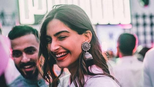 Sonam Kapoor and Anand Ahuja will soon tie the knot.(Instagram)