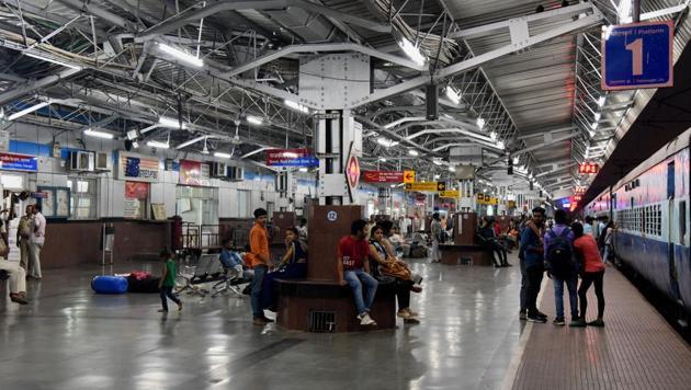More railway station to get CCTVs using Nirbhaya Fund | Latest News India - Hindustan Times