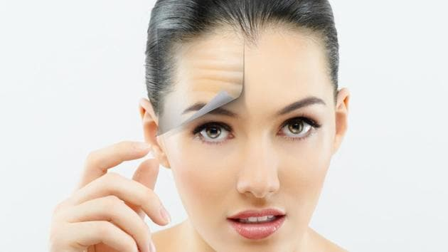 For smoother, younger skin, every nutritionist will ask you to stay away from sugar.(Shutterstock)