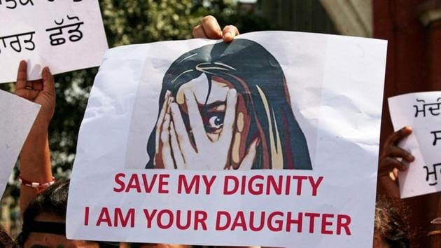People protest in Amritsar against the rape of an eight-year-old girl in Kathua and a teenager in Unnao.(REUTERS)