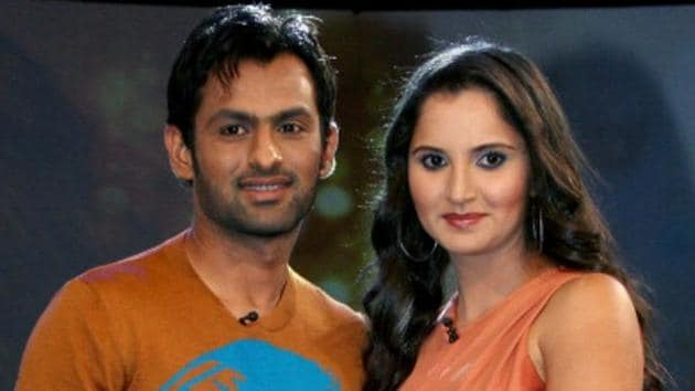 Indian tennis star Sania Mirza (R) announced on Twitter that she is pregnant. She married Pakistani cricketer Shoaib Malik in 2010.(AFP/Getty Images)