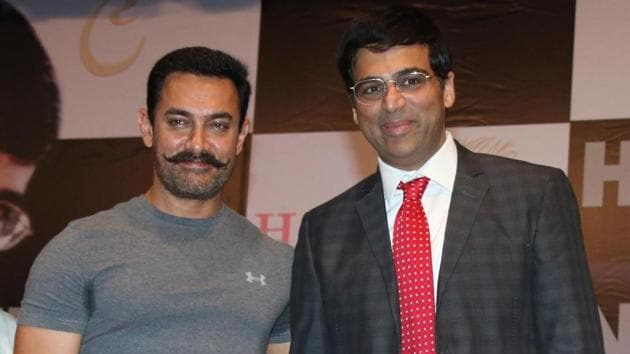 Actor Aamir Khan and chess Grandmaster Viswanathan Anand have been acquainted since 2001. They have played chess together and Anand has watched several of Aamir's films, of which Dangal is a favourite.(Photo: Ganesh Lad/Fotocorp)