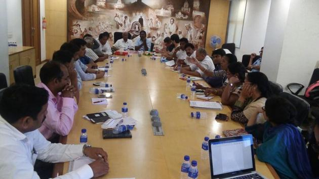 Members said that people living across the coast in Maharashtra plan to hold a protest at the central and state level to put forth their issues.(HT Photo)