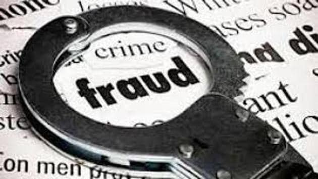 Two men were arrested on Wednesday and three others are wanted for allegedly cheating a gym trainer of ₹50,000 by laying a trap and posing as CBI officials.(HT File (Representational Images))
