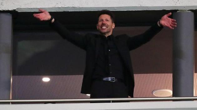 Atletico Madrid coach Diego Simeone celebrates after the Europa League semi-final against Arsenal at the Wanda Metropolitano on Thursday.(Reuters)